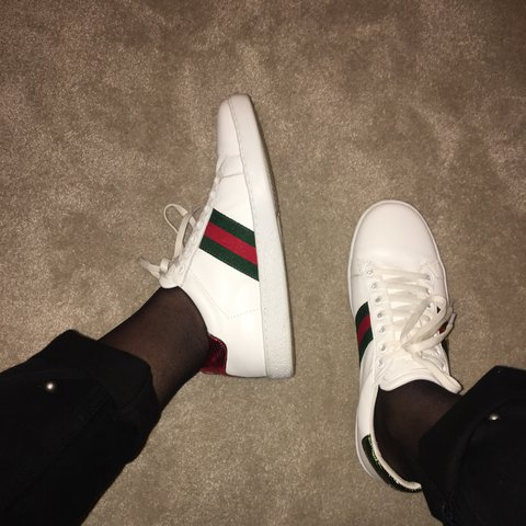 887c6b4cf5d Gucci Gang GUCCI style Ace bee-embroidered leather as new