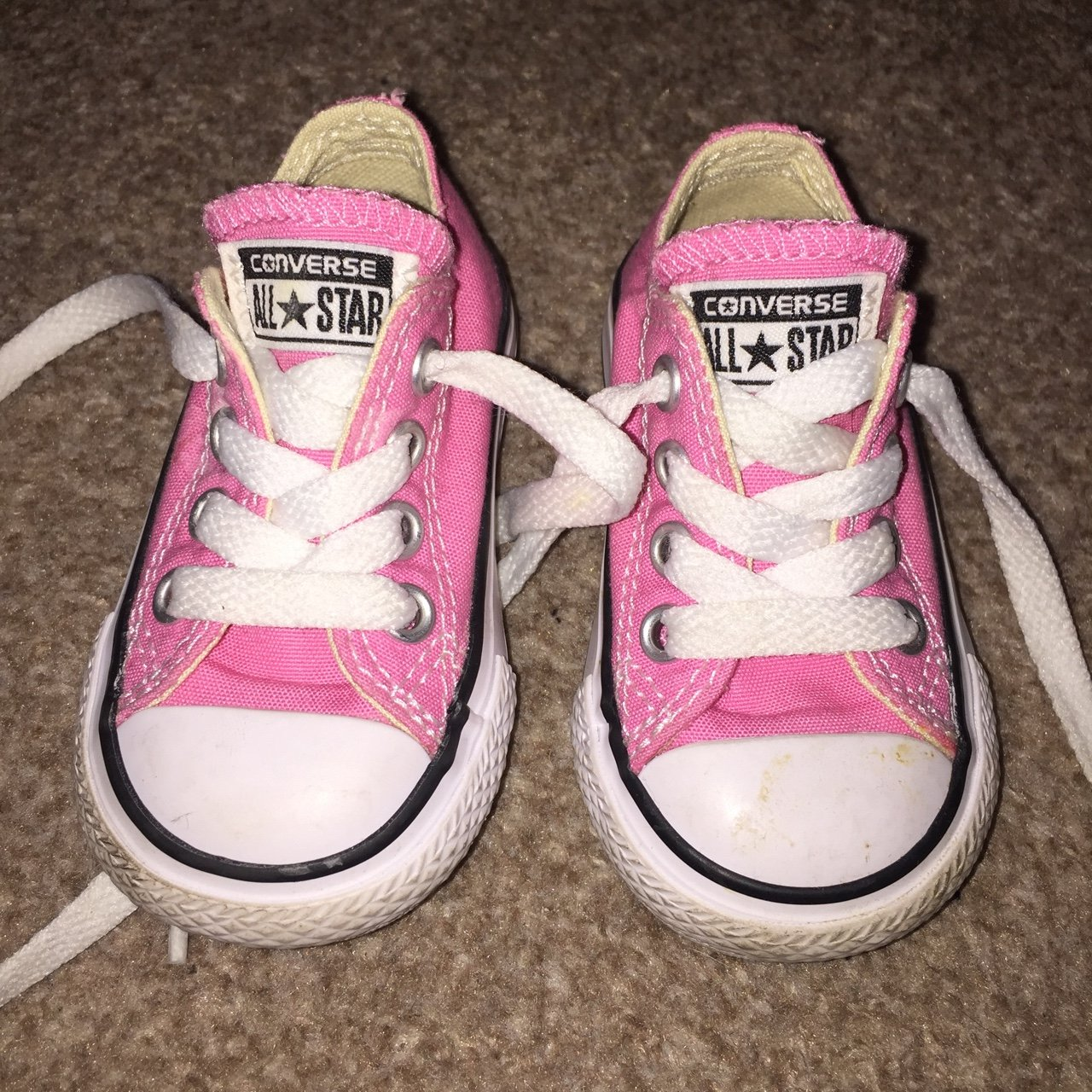 Pink Converse infant size 3 no scuffs or marks just need a a - Depop 9279ff24b