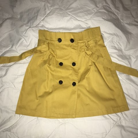 6d5039409f BERSHKA yellow mini skirt double breasted buttons 💛 Size - Depop