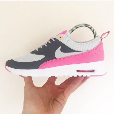 3eb8803546f Nike air max thea trainers size 5. These have only been worn - Depop