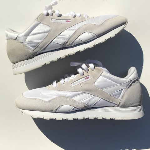 187cb5a5c4f3 Women s Reebok classic shoes in great condition. Shoes are 8 - Depop