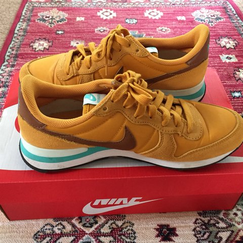 finest selection 62d78 8a35f  lillypher. 7 months ago. Honiton, United Kingdom. Out of stock Mustard  yellow Nike Internationalist trainers size 5.5. Love these trainers ...