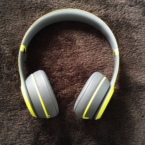 Beats Solo Wireless 2 Bluetooth Active Edition Lime And Depop