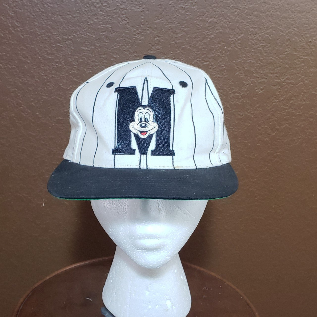 Vintage Mickey mouse spell out snapback white black hat. the - Depop b417bd98f0a5