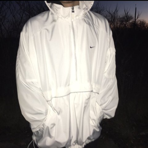 9966ad2814b8 All white nike windbreaker with a kangaroo pouch in the and - Depop