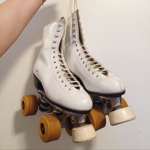 Vintage White Roller Skates These Are So Beautiful To Wear Depop