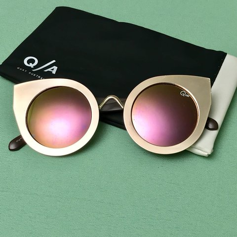 77add48a9d134 Quay Australia Tainted Love Gold Cat-Eye sunglasses! It Pink - Depop