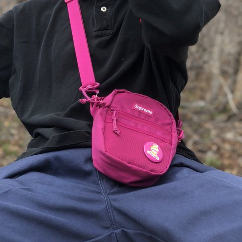 0969d276fdac  owsezy. 9 months ago. United States. Supreme small shoulder bag magenta  ss17. Good used condition ...