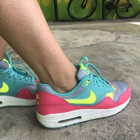 5351e992c31 Nike Air Max! Super comfy + colorful gives an awesome pop of - Depop