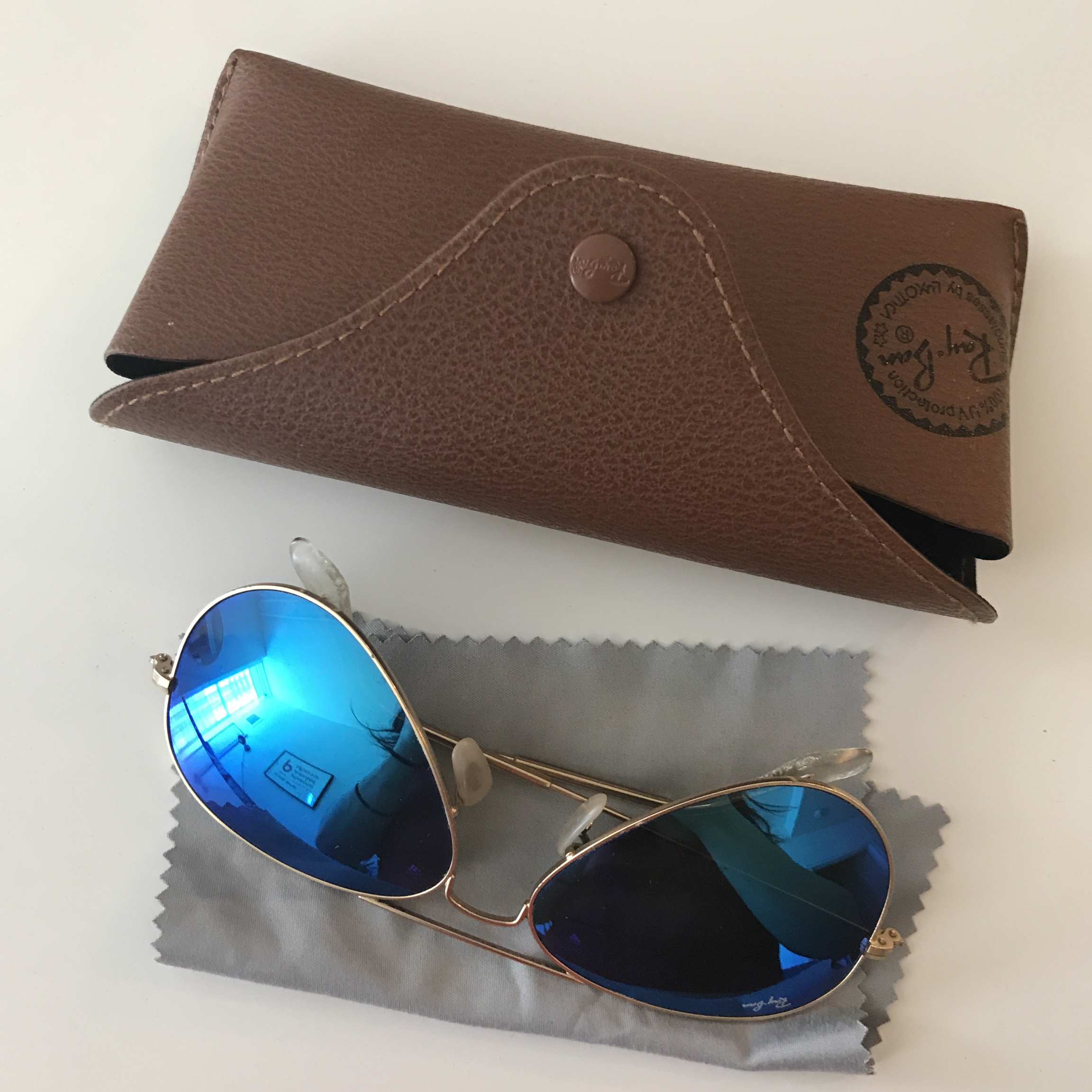 d071e8cf50 Ray Bans with gold rims and blue reflection lenses. classic - Depop