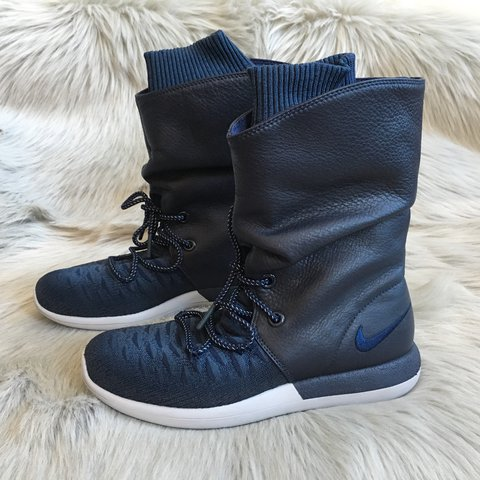 62c56cb1f9f34 Nike Roshe Two Hi Flyknit Sneakerboots ✨Brand New With Box - Depop