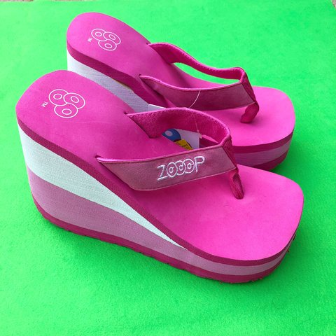 504adddd65e4 Deadstock NWT Barbie Pink Platform Flip Flops! The most of - Depop