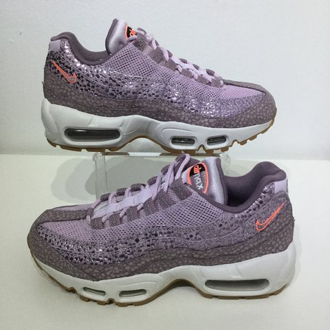 pretty nice 918c0 cff4d @teapot2017. 4 months ago. High Wycombe, United Kingdom. Women's Nike air  max 95 Premium Safari.