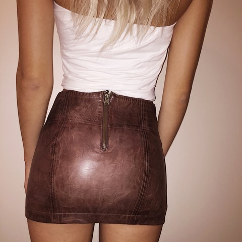 69249e0cb Worn once; brown leather Abercrombie & Fitch mini skirt. any - Depop