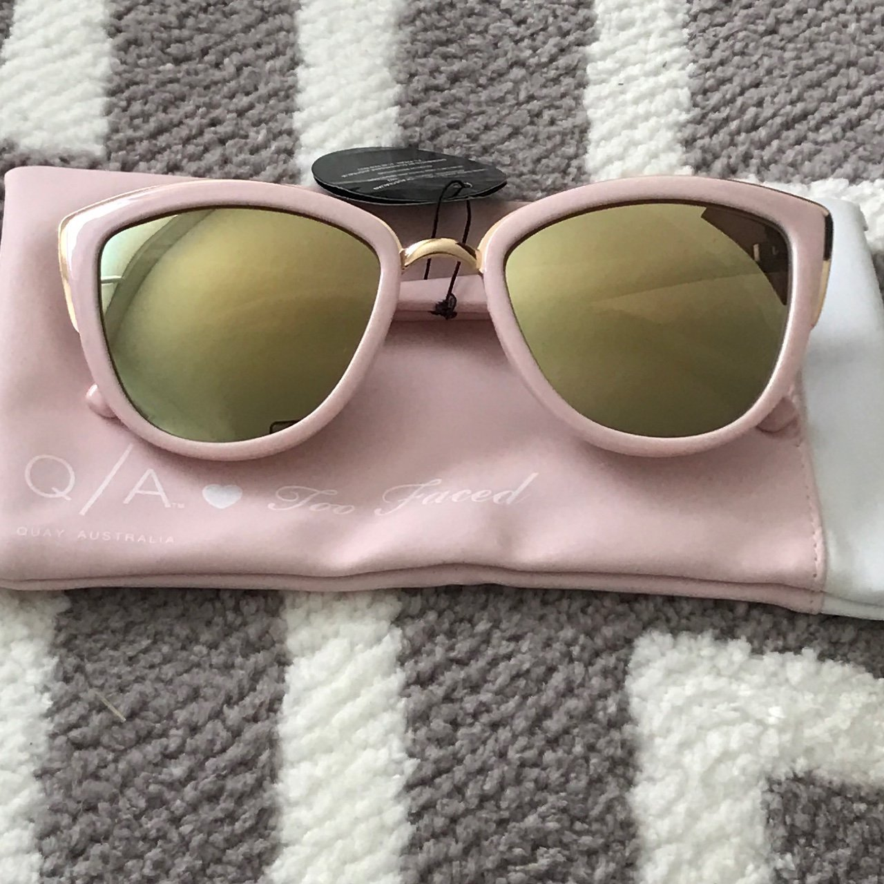 22d122760b948 Limited edition Quay x Too Faced sunglasses. These were in a - Depop