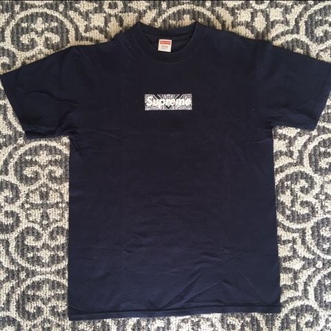 1547b5c90704 @charles_1997. 7 months ago. Sherwood No. 159, Canada. Supreme 2001 Navy Paisley  Box Logo Tee Size L, Condition ...
