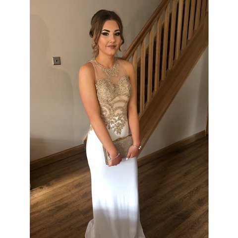 ceb65440f14 White and gold prom dress from Stardust Boutique it s a size - Depop