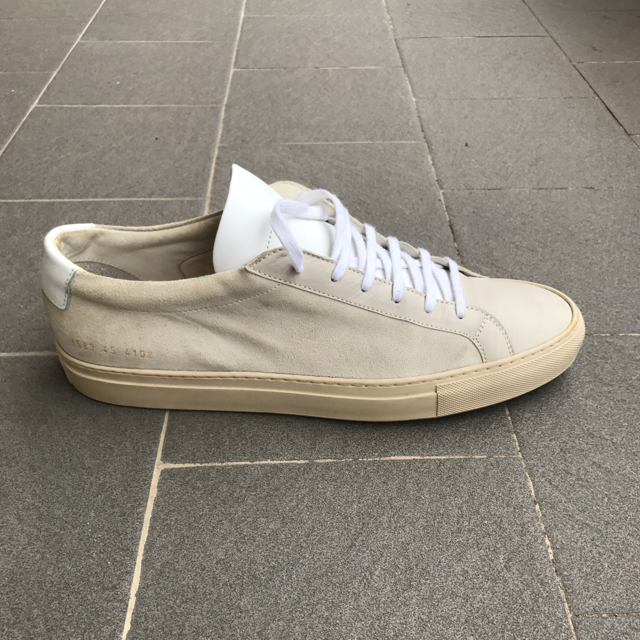 common projects vintage white
