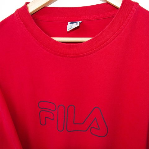 9013fbc2716a Fila vintage tshirt 🔥 size L🔥 great condition
