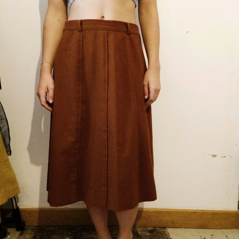 add5a571c8ea Brown, vintage style, wool midi skirt. SIZE 10. Worn only - Depop