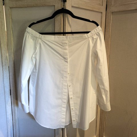 0653b923 @laurenmerr. 11 months ago. United States. Off-The-Shoulder Equipment button -down Blouse in White