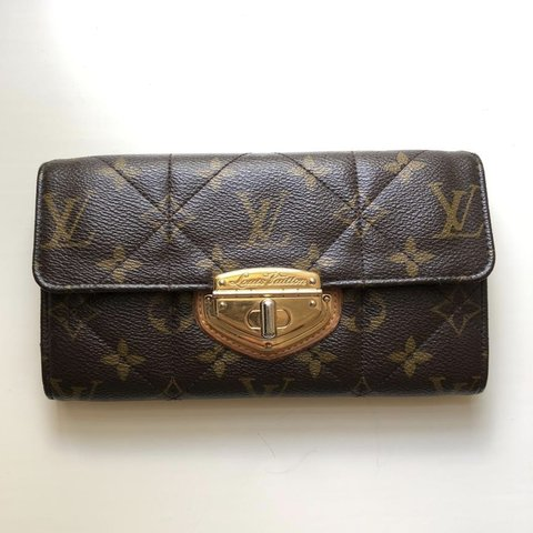 5251b7064a1 @laurenmerr. 28 days ago. United States. LOUIS VUITTON ETOILE SARAH WALLET