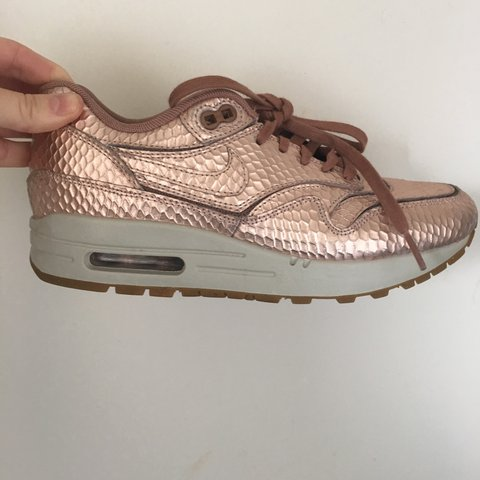 c692196ebf2 Nike Air Max 1 Cut Out PRM