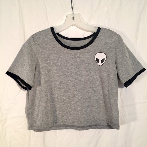 dce75c7fe4 cybermonday gray alien crop top could fit a small or never - Depop