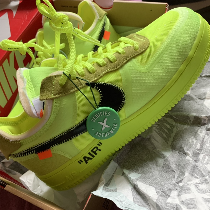 Nike Air Force 1 Volt With Stock X