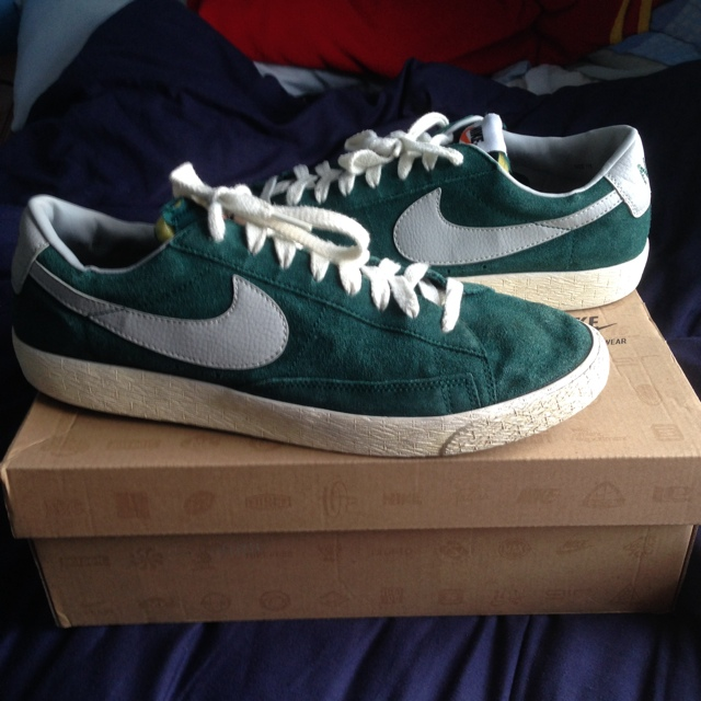 Nike Blazer Vintage Low Green Suede Trainers Size UK