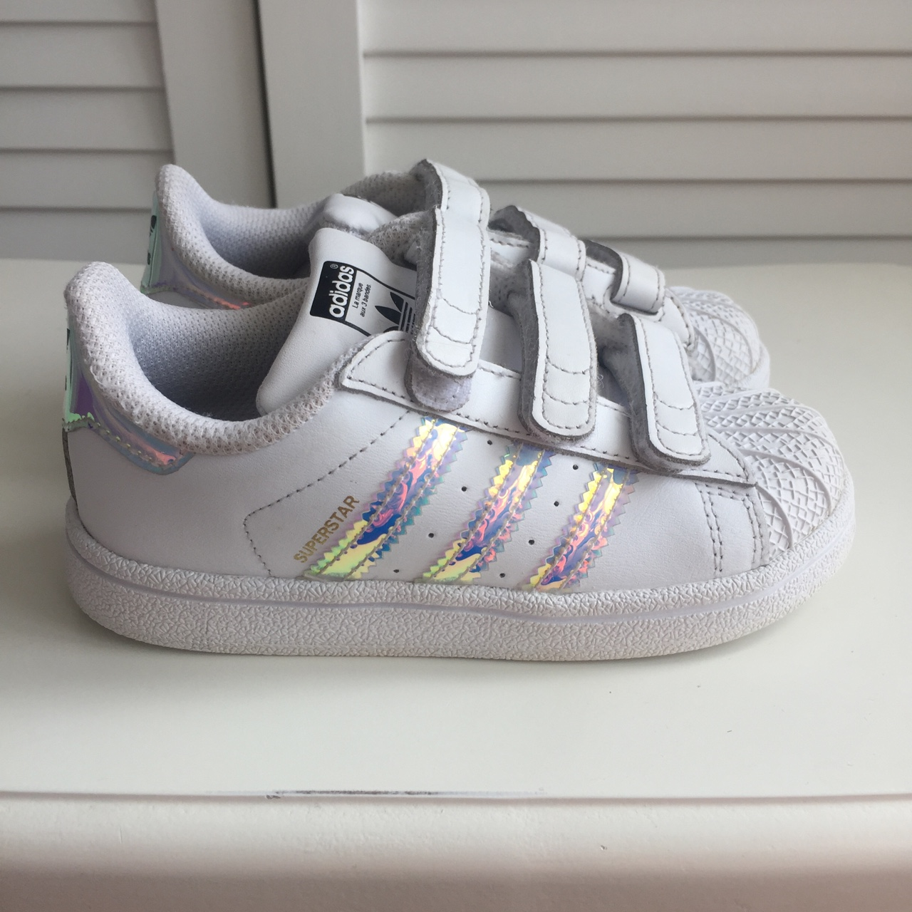girls adidas trainers size 8