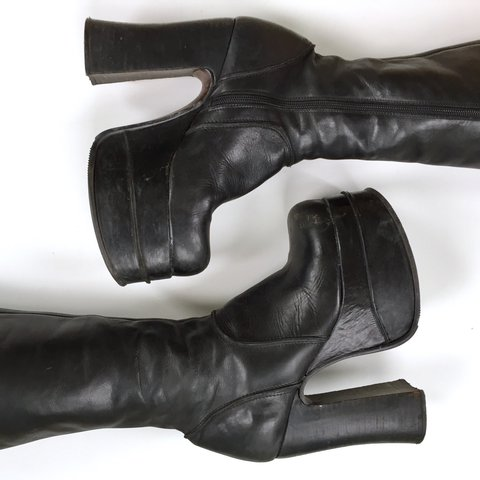 7ed998c8bdc the most incredible vintage Steve Madden boots ever