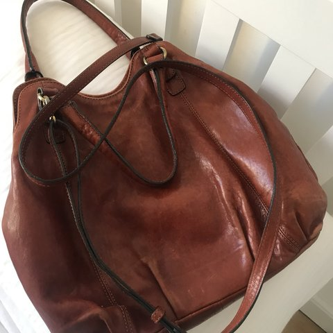 ec65b6a308af53 Designer leather hobo bag by Gianni Conti Long strap as as - Depop