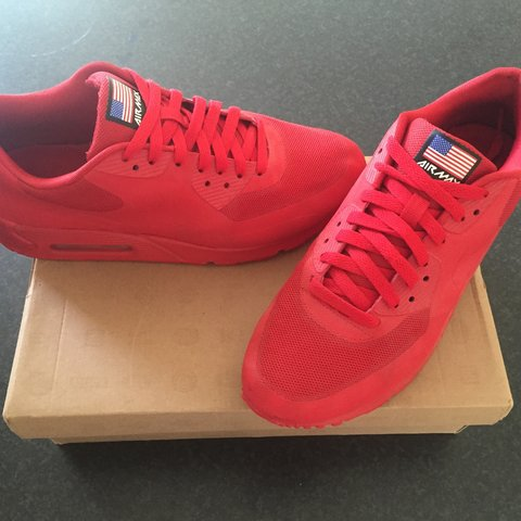 d419e34b3d8 Air max 90 Independence Day red - UK size 7 - worn only a of - Depop