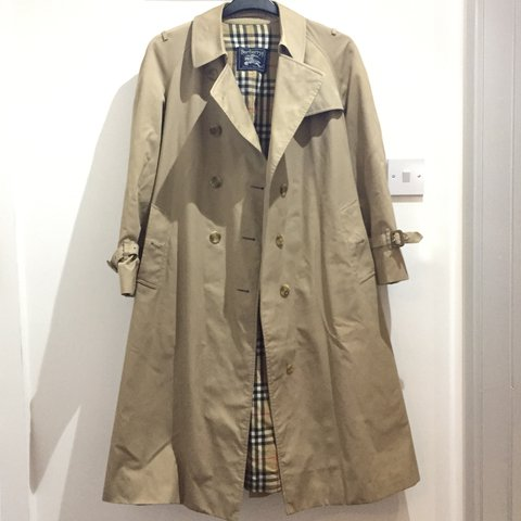a1972c0a Price Authentic Burberry Sale Trench Coat For long Drop Depop RqSnwdxa