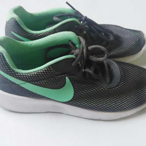best service 0ca18 f9cb0  abby617. 2 months ago. Gainesville, Florida, US. Nike Roshe Gray   Mint  Green Sneakers