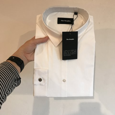 476fd15fde @imbraindead. 11 months ago. Birmingham, United Kingdom. REDUCED! BNWT THE  KOOPLES WOMENS WHITE FITTED SHIRT.