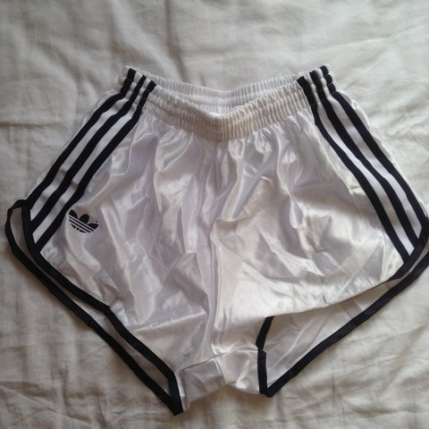 best loved 1f402 2e992 Adidas retro running shorts   best fit size 6-8 - soz for me - Depop