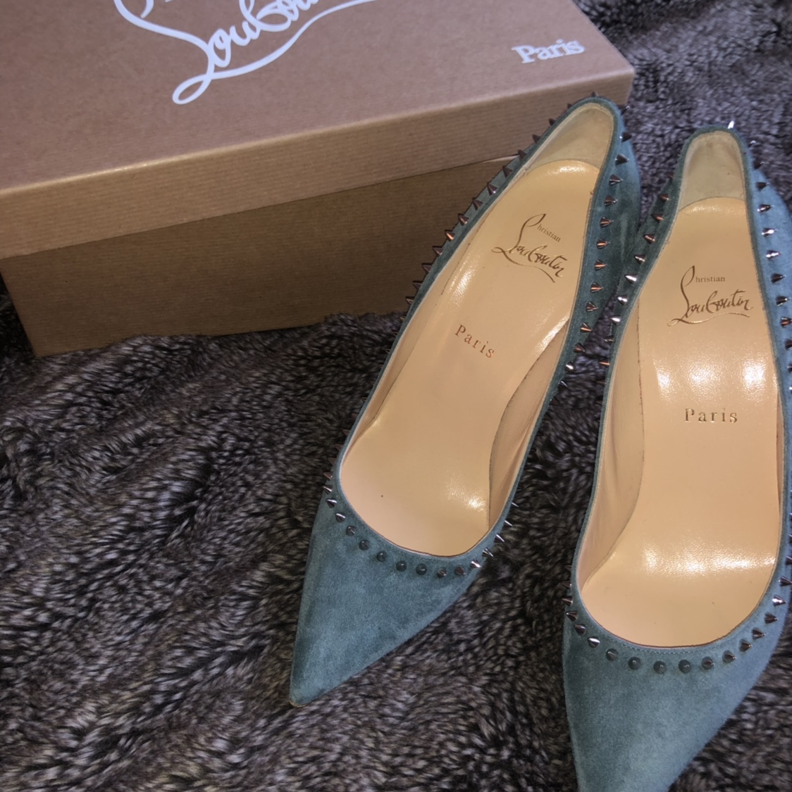 check out 3518e f2af8 Christian Louboutin Anjalina 100 Veau Velours, SOLD ...