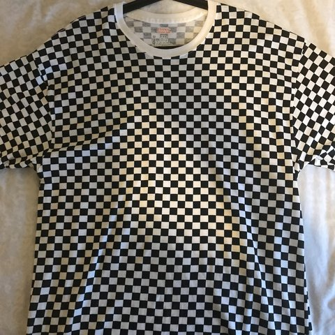 Shedy Mariucci 9 Months Ago Chorley United Kingdom Supreme Hanes Checkered T Shirt