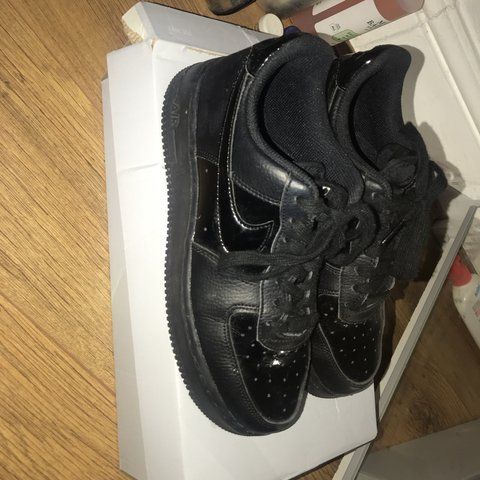 dfc8cf4e07 @sydneywise. last year. London, United Kingdom. BLACK NIKE AIR FORCE 1  PATENT LOW UNISEX.good condition womens size 5 ...