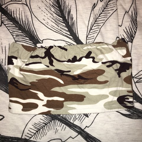 58f7abb7a1 camo tube top from forever 21. worn twice - Depop