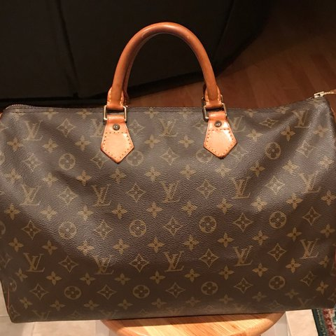 5cf9527a8285 Louis Vuitton Monogram Speedy 40