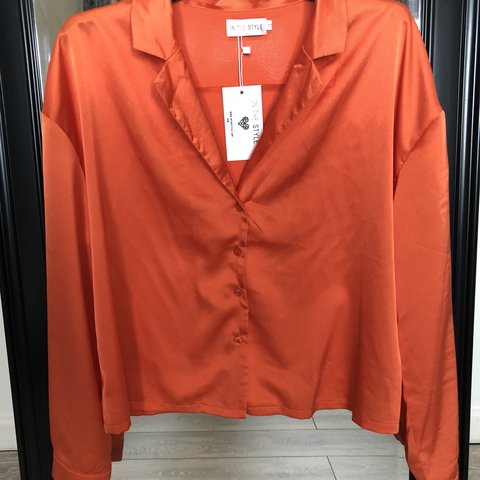 a8665ecd472d2d @laurenmayyy_. last year. Colchester, United Kingdom. Orange satin shirt  from In the Style! Size 14 ...