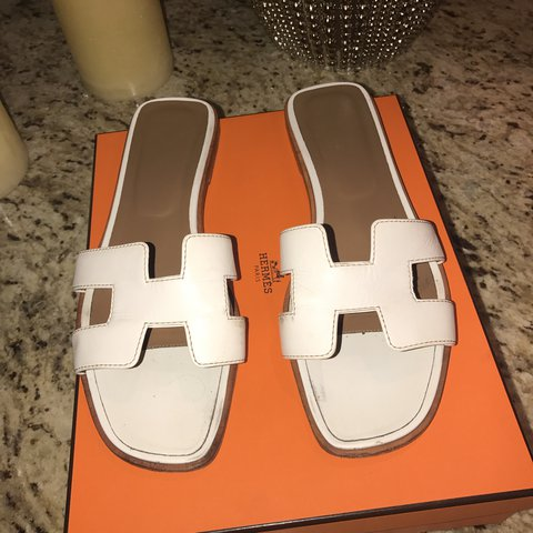 Hermes Good In But WhiteUsed Sandals ConditionDepop ZOkPXTiu