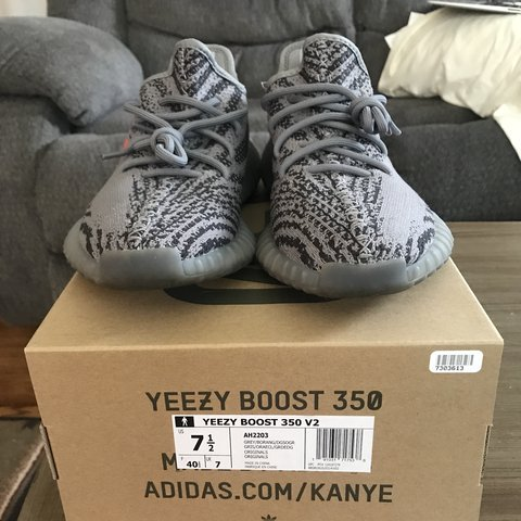 2318f81e2 YEEZY BOOST 350 V2 BELUGA 2.0 GREAT CONDITION BOUGHT NEW 7.5 - Depop