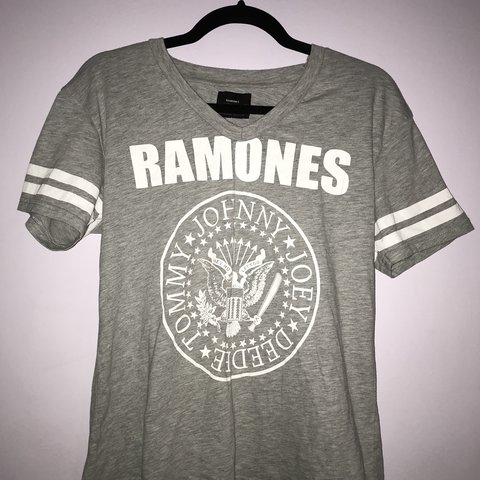 0ba29a4ce @jamie_grierson. last year. Enfield, United Kingdom. NEVER WORN Atmosphere  Ramones V Neck T Shirt ...