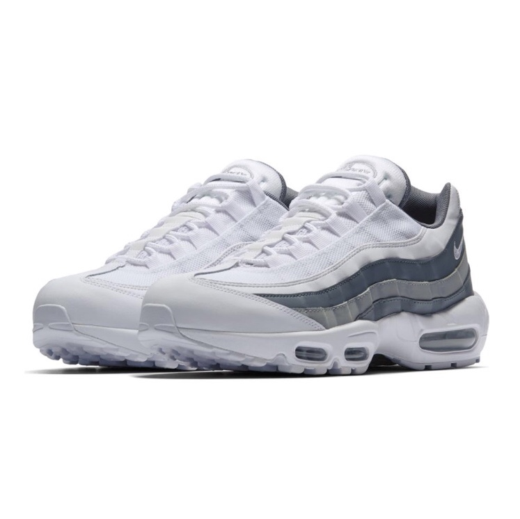 size 40 4bbba e2f4e Nike Air Max 95 White & Wolf Grey 9/10 Condition,... - Depop