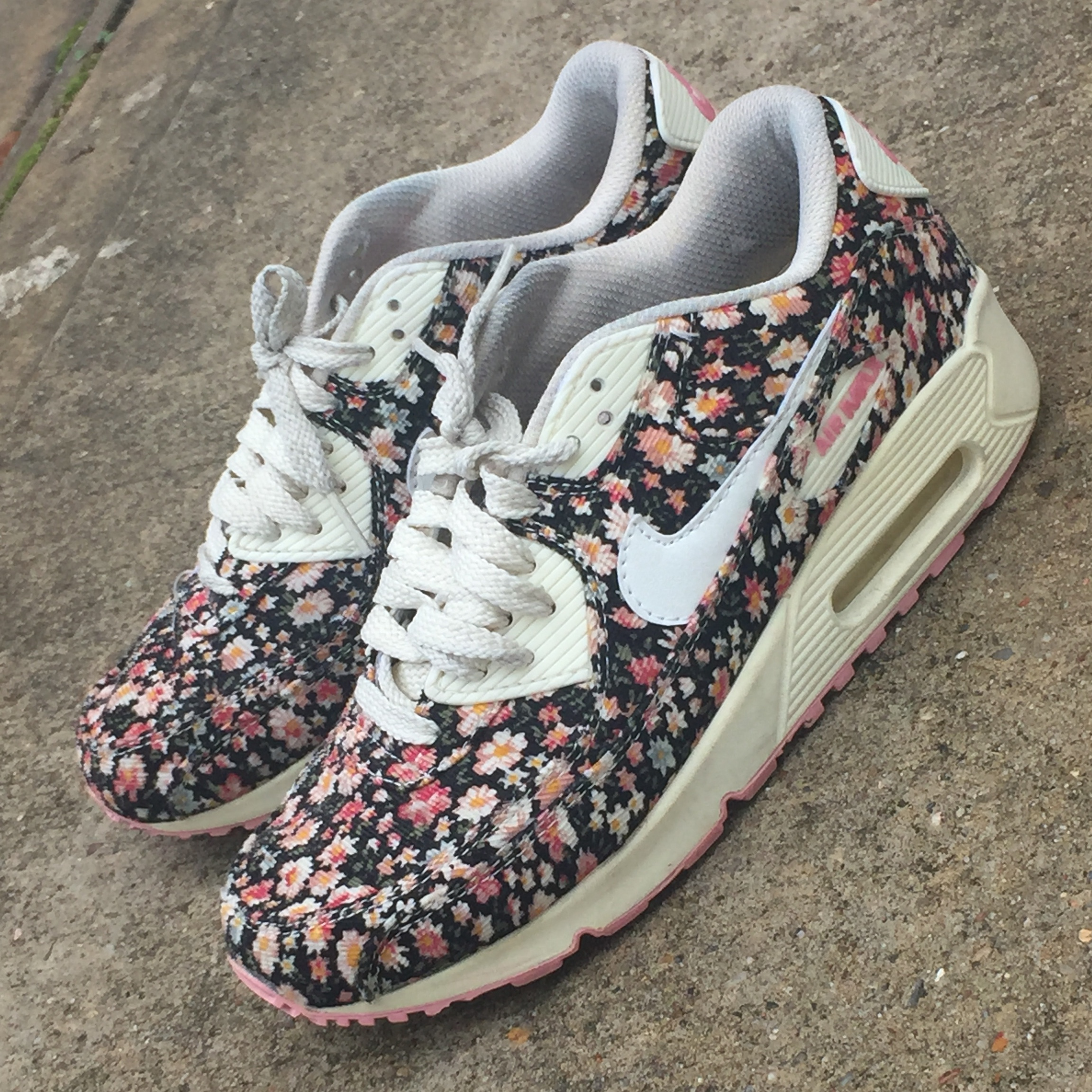 nike air max floral limited edition