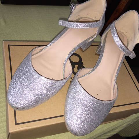 ea1a52ab1ea ASOS sparkly silver heels Small block heel with closed once - Depop